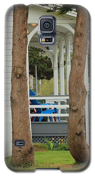 Galaxy S5 Case featuring the photograph The Front Porch by E Faithe Lester