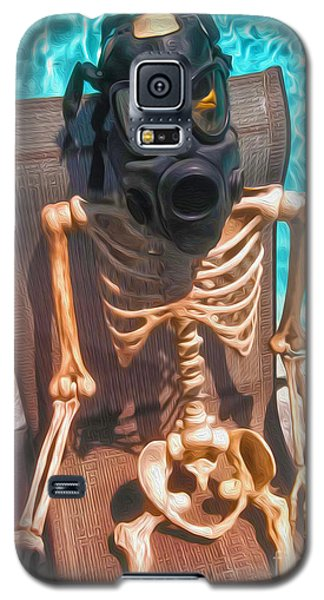 The Gas Mask Skeleton Galaxy S5 Case