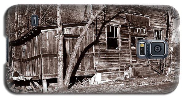 Galaxy S5 Case featuring the photograph The General Store by Craig T Burgwardt