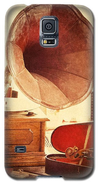 Galaxy S5 Case featuring the photograph The Golden Years by Amy Weiss