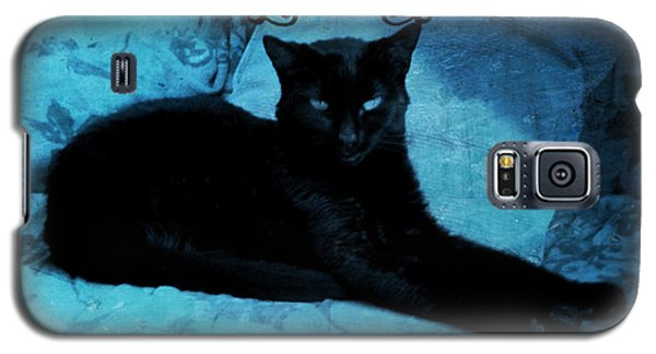 Galaxy S5 Case featuring the digital art The Gothic Cat by Absinthe Art By Michelle LeAnn Scott