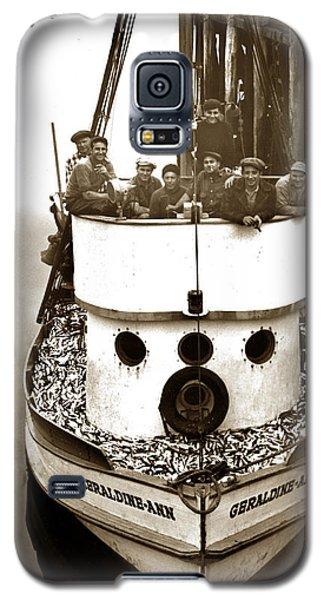 The Happy Crew Of The Fishing Boat  Geraldine- Ann Monterey California 1939 Galaxy S5 Case