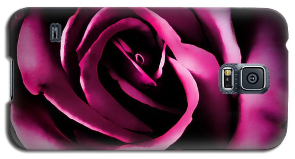 The Heart Of A Rose Galaxy S5 Case by Sylvia Thornton