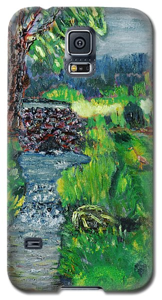 Galaxy S5 Case featuring the painting The Heron by Michael Daniels