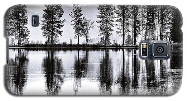 The Heron Pond Galaxy S5 Case