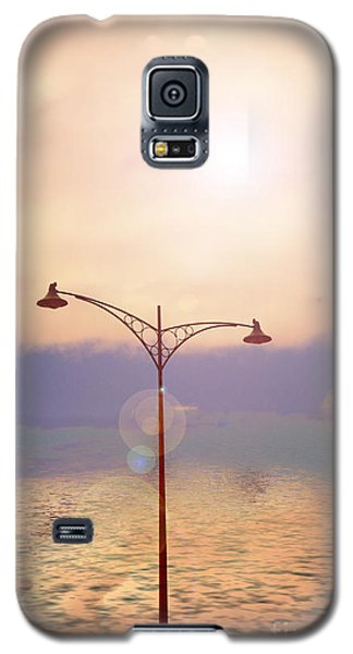 The Lampost Galaxy S5 Case