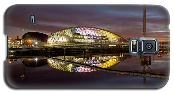 The Last Of The Light At The Glasgow Science Centre Galaxy S5 Case by Stephen Taylor