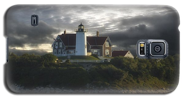 The Light At Nobska Point  Galaxy S5 Case by Constantine Gregory