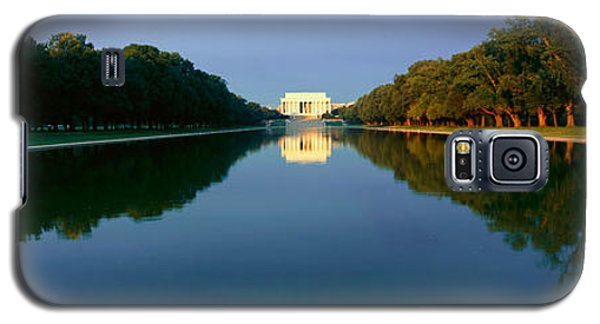 The Lincoln Memorial At Sunrise Galaxy S5 Case by Panoramic Images