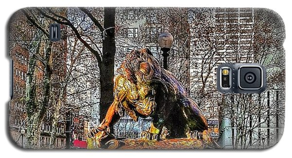 The Lion Crushing A Serpent (1832) Galaxy S5 Case