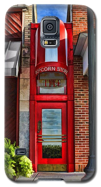 The Little Popcorn Shop In Wheaton Galaxy S5 Case by Christopher Arndt