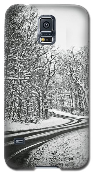 The Long Road Of Winter Galaxy S5 Case by Sara Frank
