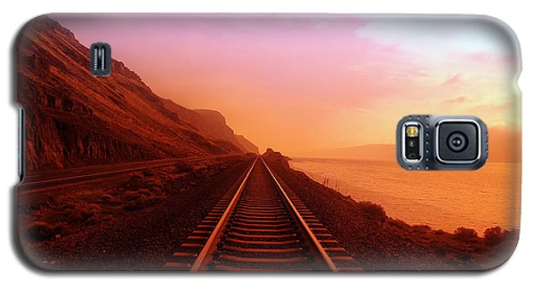 Train Galaxy S5 Case - The Long Walk To No Where  by Jeff Swan