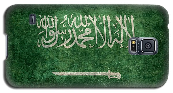 The National Flag Of  Kingdom Of Saudi Arabia  Vintage Version Galaxy S5 Case by Bruce Stanfield