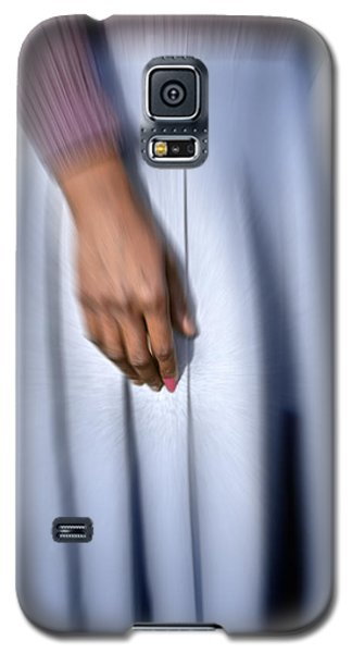 Galaxy S5 Case featuring the photograph Personal Focus by Kellice Swaggerty