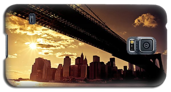 City Sunset Galaxy S5 Case - The New York City Skyline - Sunset by Vivienne Gucwa