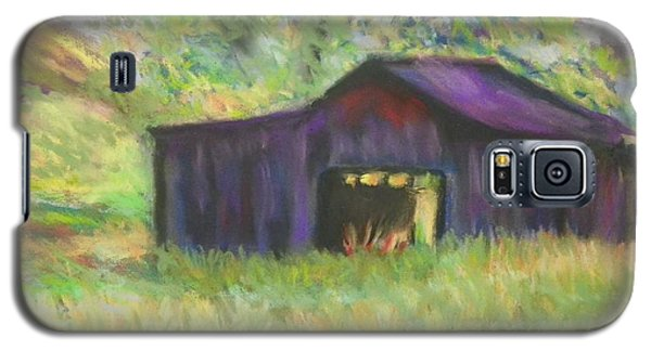 Galaxy S5 Case featuring the photograph The Old Barn I by Shirley Moravec