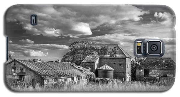 The Old Farm Buildings. Galaxy S5 Case