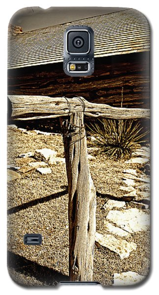 The Old Hitching Post Galaxy S5 Case by Lincoln Rogers