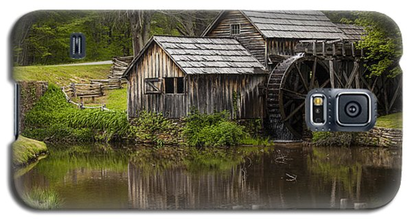The Old Mill After The Rain Galaxy S5 Case by Amber Kresge
