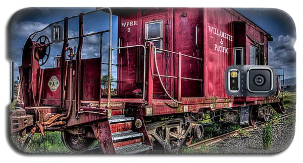 Old Red Caboose Galaxy S5 Case by Thom Zehrfeld
