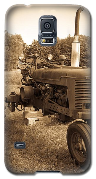The Old Tractor Sepia Galaxy S5 Case
