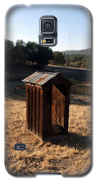 Galaxy S5 Case featuring the photograph The Outhouse by Richard Reeve
