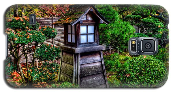 The Pagoda At The Japanese Gardens Galaxy S5 Case by Thom Zehrfeld