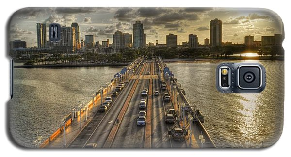Galaxy S5 Case featuring the photograph The Pier In Saint Petersburg Florida by Timothy Lowry