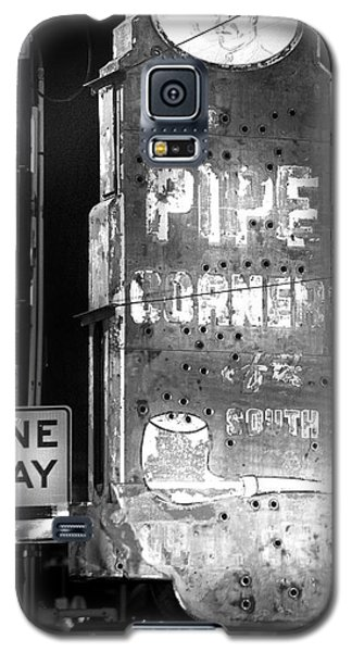 The Pipe Corner Galaxy S5 Case by Mark Andrew Thomas