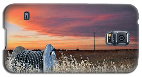 Galaxy S5 Case featuring the photograph The Prairie by Minnie Lippiatt