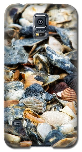 Galaxy S5 Case featuring the photograph The Raw Bar by Joan Davis