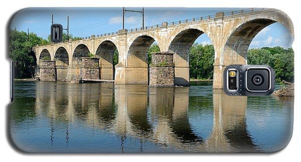 The Reading Csx Railroad Bridge At Ewing Galaxy S5 Case by Steven Richman