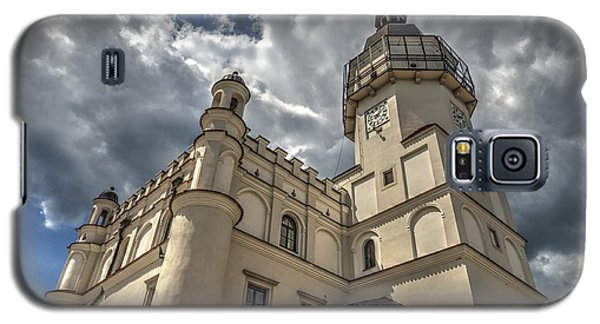 The Renaissance Town Hall In Szydlowiec In Poland Seen From A Different Perspective Galaxy S5 Case