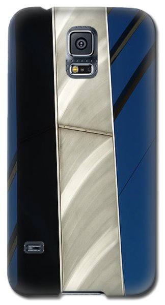 The Sail Sculpture  Galaxy S5 Case by Steve Taylor