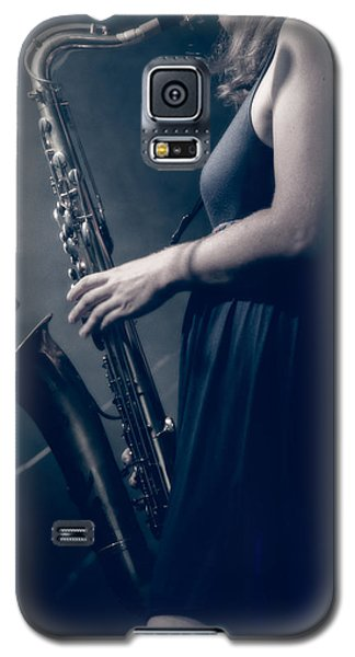 The Saxophonist Sounds In The Night Galaxy S5 Case by Bob Orsillo