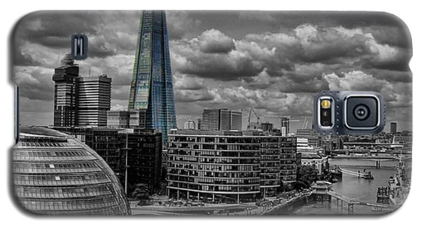 Galaxy S5 Case featuring the photograph The Shard by Trena Mara