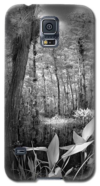 The Strand Galaxy S5 Case