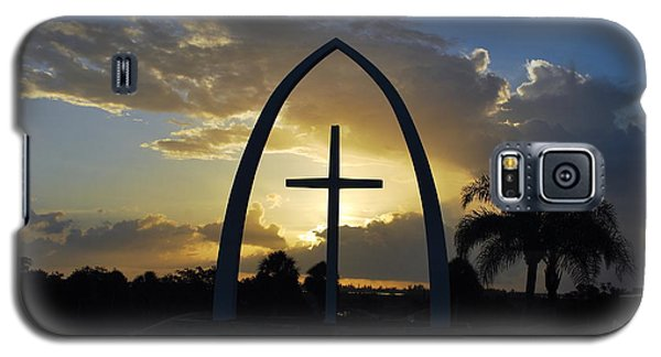Galaxy S5 Case featuring the photograph The Universal Cross At Sunrise by Bob Sample