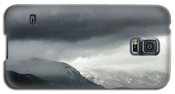 Galaxy S5 Case featuring the photograph The Valley by Dana DiPasquale