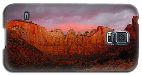 The Virgin Towers At Sunrise Galaxy S5 Case by Stephen  Vecchiotti
