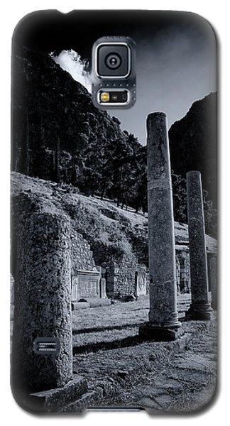Galaxy S5 Case featuring the photograph The Votive Monument Of Spartans At Acient Delphi by Micah Goff