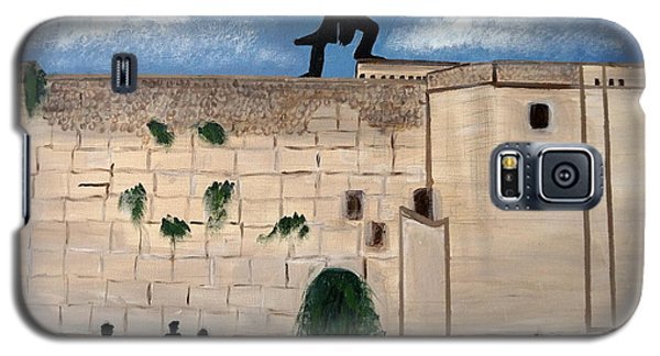 Galaxy S5 Case featuring the painting The  Western Wall And Fiddler On The Roof by Nora Shepley