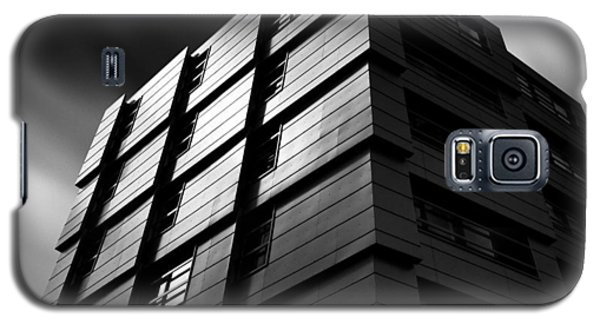 City Scenes Galaxy S5 Case - The Wave by Dave Bowman