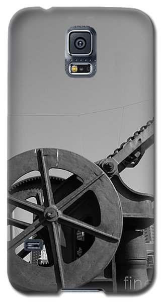 Galaxy S5 Case featuring the photograph The Wheel by Maja Sokolowska