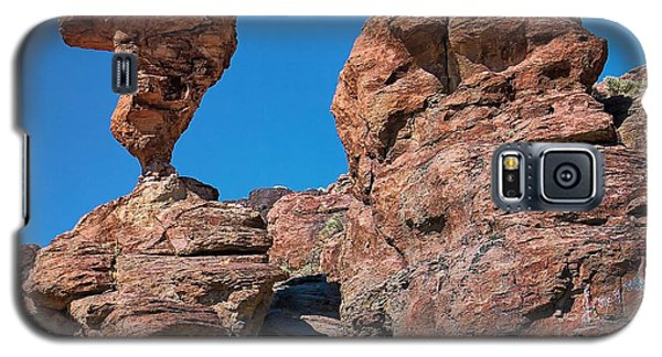 Galaxy S5 Case featuring the photograph The World-famous Balanced Rock by Michael Rogers