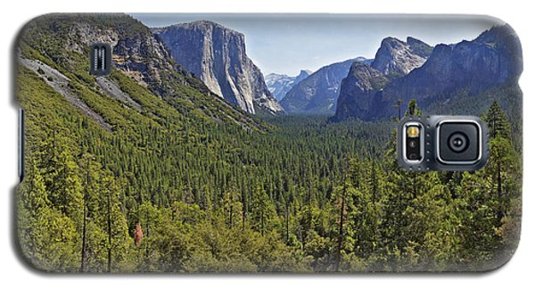 Galaxy S5 Case featuring the photograph The Yosemite Valley by Sebastien Coursol