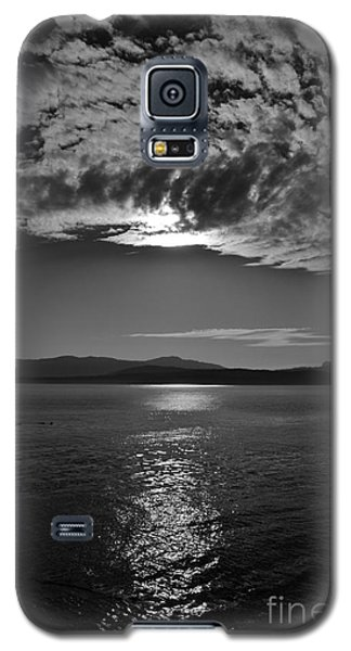Thieves Bay View Galaxy S5 Case