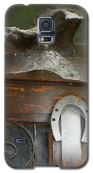 Galaxy S5 Case featuring the photograph Thing Above The Door by Newel Hunter