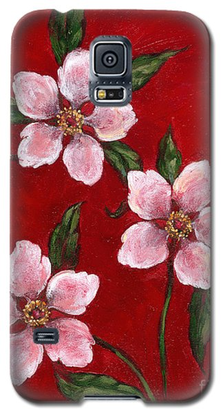 Three Blossoms On Red Galaxy S5 Case